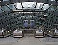 Canary Wharf tube station MMB 10.jpg