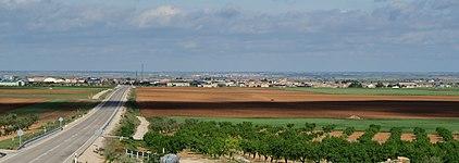 Casas de Juan Nuñez, desde CM-3209.jpg