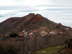 Castillo de Ocon , Valle de Ocon , La Rioja.JPG