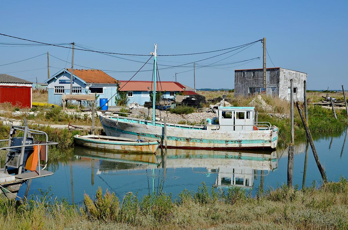 Breuillet wikivoyage le guide de voyage et de tourisme - 6 route du bassin n 1 port de gennevilliers ...
