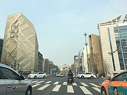 Cheongdam Intersection, the starting point of the Cheongdam Fashion Street