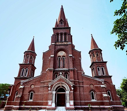Sacred Heart Cathedral, Lahore Church Sacred Heart.jpg