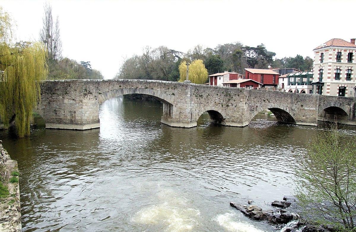 Clisson - Pont de la Vallée -1.JPG