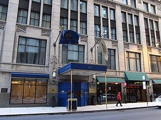 Club Quarters - Club Quarters in Chicago