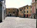 Cogorno-basilica dei Fieschi-piazza.JPG