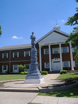 Confederate-Union Veterans' Monument in Morgantown - Image: Confederate Union Veterans' Monument in Morgantown