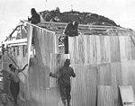 Construcción de galpones de la Base San Martín.jpg