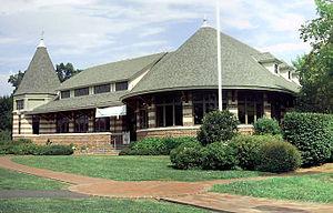 Cos Cob, Connecticut - Cos Cob Library in Strickland Brook Park