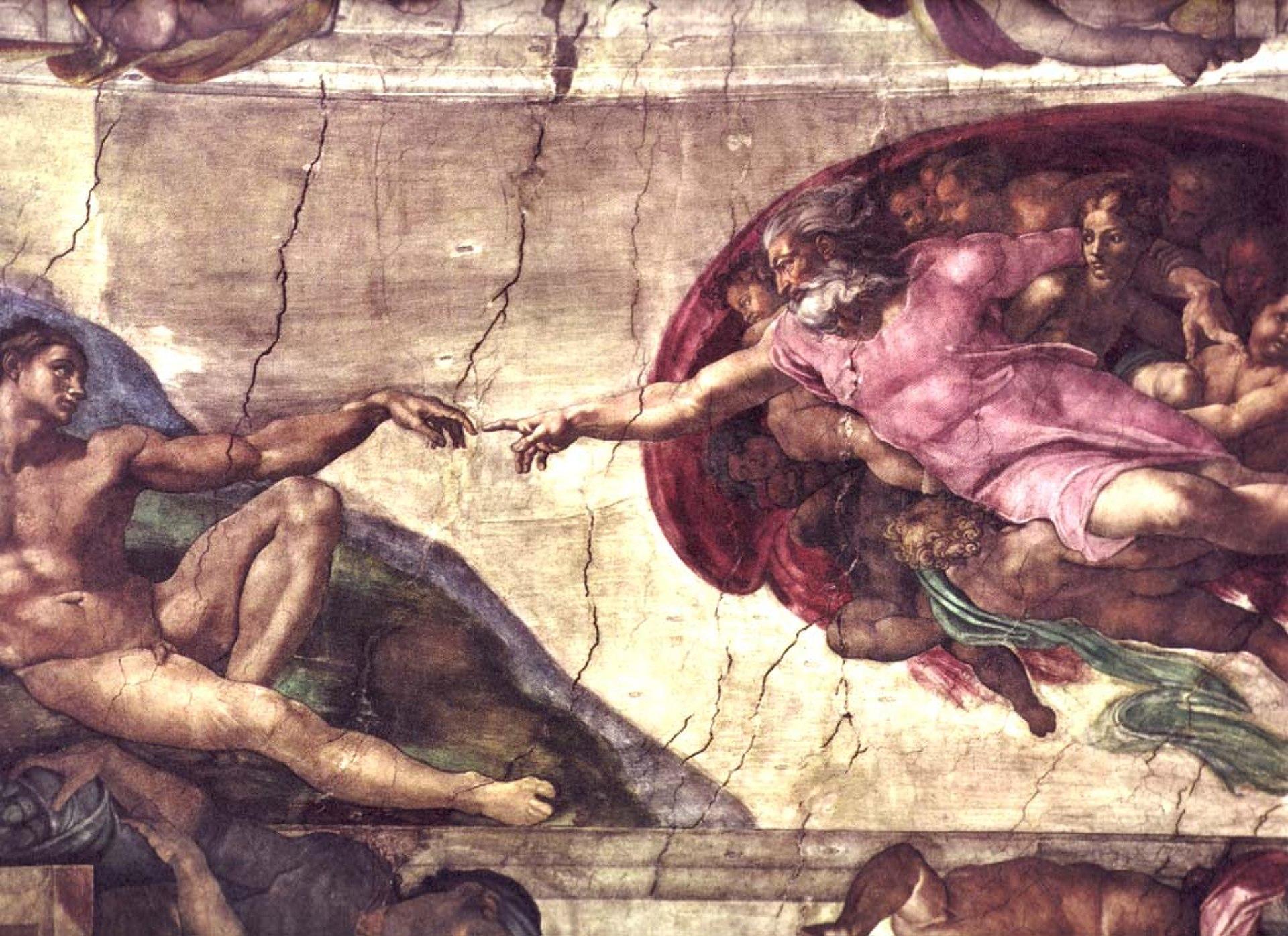En La creación de Adán, Miguel Ángel pintó a Adán casi al mismo nivel que Dios
