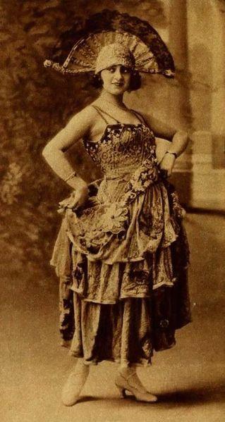 File:Cristina Pereda - Jan 1922 Photoplay.jpg