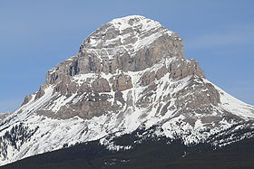 Crowsnest Mountain 2010.jpg