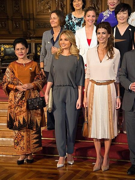 File:Cumbre de Líderes del G20. Día 2 (35406838330).jpg