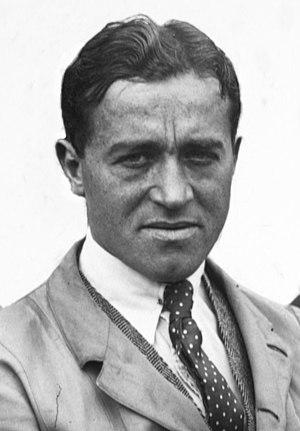Dario Resta - Image: Dario Resta at the 1914 French Grand Prix (4) (cropped)