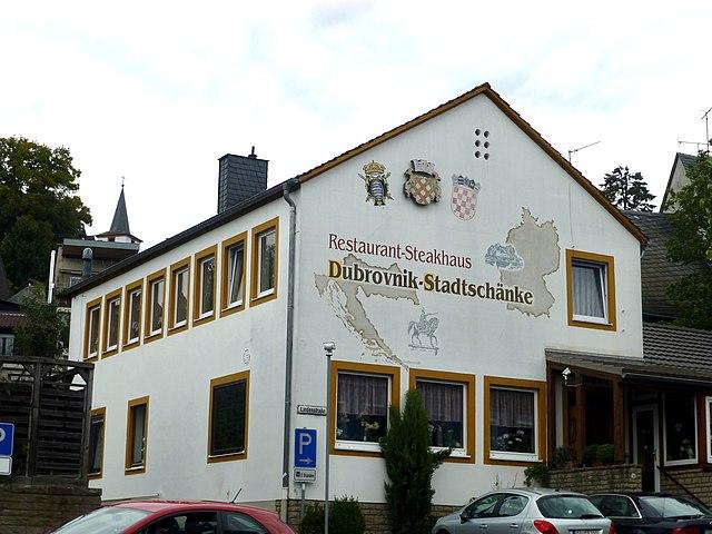 File:Daun – Lindenstraße - Stadtschänke - panoramio.jpg - Wikimedia ...