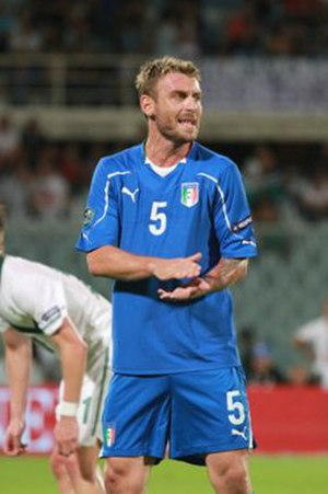 Daniele De Rossi - De Rossi playing for Italy