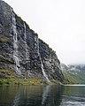 De syv søstrene (Seven Sisters) fall Geiranjer fjord 10 2018 2900.jpg