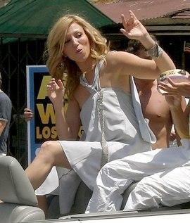 Debbie Gibson LA Pride 2007