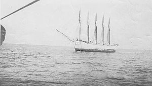 Schooner Carroll A. Deering, as seen from the Cape Lookout lightship on January 28, 1921. (US Coast Guard)