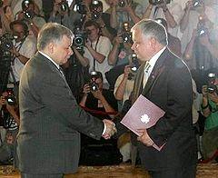 https://upload.wikimedia.org/wikipedia/commons/thumb/f/f2/Desygnacja_Kaczynski.jpeg/240px-Desygnacja_Kaczynski.jpeg