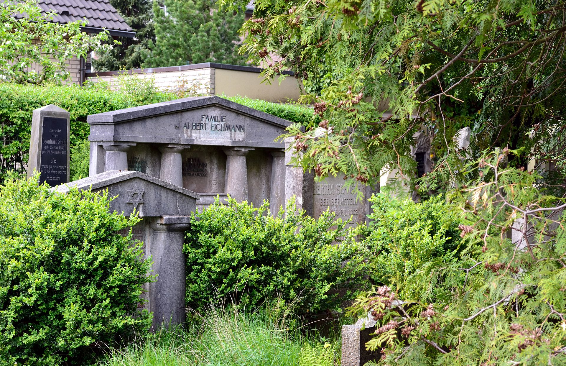 Detmold - 453 - Spitzenkamptwete (Jüdischer Friedhof) (4).jpg