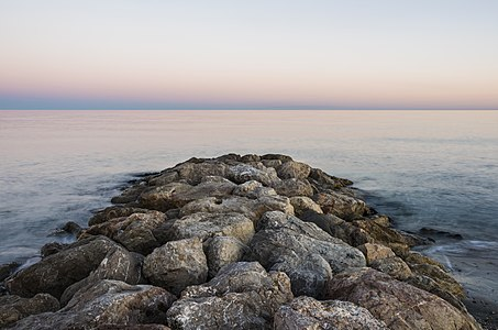 A dike towards the sea