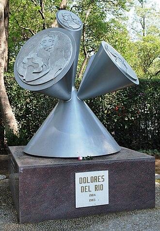 Panteón de Dolores - Grave of Dolores Del Rio