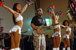 Dolphins-Cheerleaders-Mark Wills-USO Show-Dec-26-08.jpg