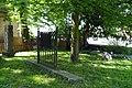 Dorfkirche Weißensee Grabmal.jpg
