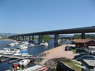 European route E18 - Image: Drammen Bridge North