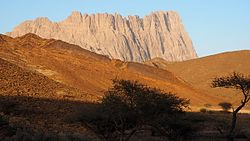 Dschabal Mischt (Jebel Misht, Kamm-Berg), Oman - Hadschar-Gebirge 01.jpg
