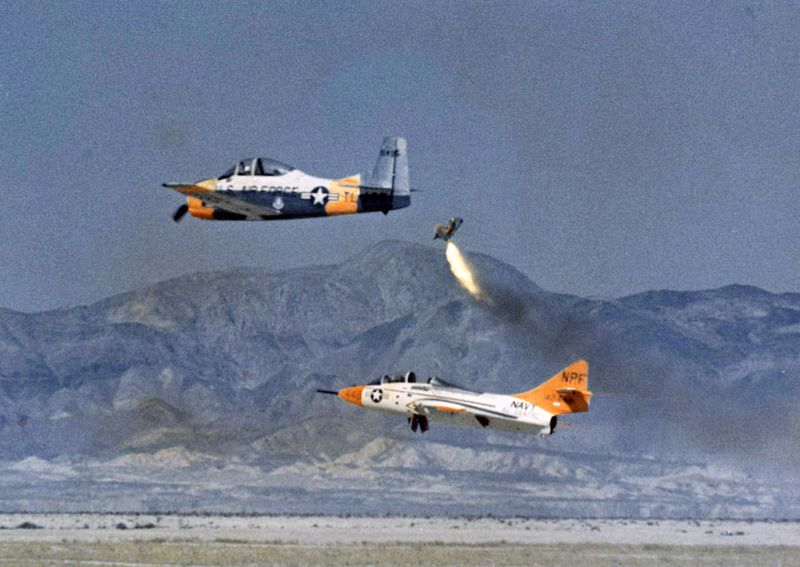 File:Dummy ejected from US Navy TF-9J 1964.jpeg