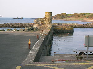 Dunure - Dunure Harbour and lookout tower