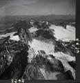 ETH-BIB-Verstanclahorn, Silvrettagletscher v. S. aus 3300 m-Inlandflüge-LBS MH01-007962.tif