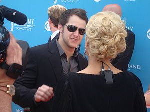 Easton Corbin - Easton Corbin being interviewed