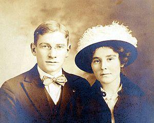 Neva Morris - Edward Morris and Neva Freed pose for their wedding photo in 1914.