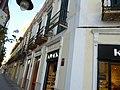 Edificio en calle General Chacel, 7 Melilla.jpg