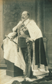 Edward VII at his coronation.png
