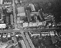 Een luchtfoto van het St. Canisiuscollege. Door het midden loopt v.l.n.r. de Berg en Dalseweg. Haaks F20442.jpeg