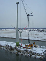 Erection of an Enercon E70-4 in Germany