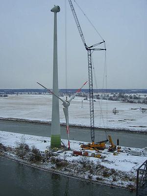 Wind power in Germany - Erection of an Enercon E70-4 in Germany