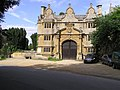 Entrance, Stanway House - geograph.org.uk - 1468624.jpg