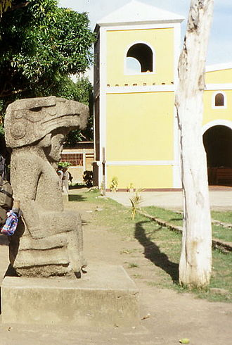 Altagracia - Sculpture park next to the cathedral of Altagracia