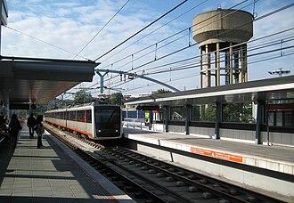 Etxebarri (Metro Bilbao) - Image: Etxebarri Metro geltokia