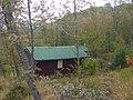 Fabbricato nel bosco - panoramio.jpg