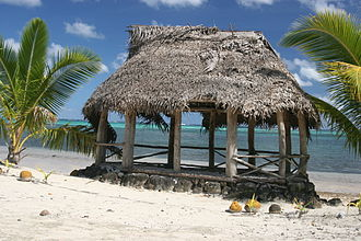 Beach fale - Image: Fale on Manono Island