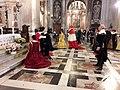 Famiglia Pallavicino in preghiera nella Basilica di San Siro, Genova.jpg