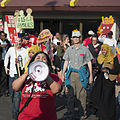 Fast food workers on strike for higher minimum wage and better benefits (26162729410).jpg