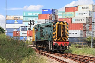 Freightliner Group - Image: Felixstowe North Terminal Freightliner 08585 returning to Central Terminal