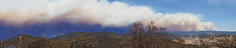 Smoke trail from a fire seen while looking towards Dargo from Swifts Creek, Victoria, Australia, 11 January 2007