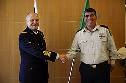 Flickr - Israel Defense Forces - Chief of Defense Staff of Italy in Israel, Dec 2010 (1).jpg